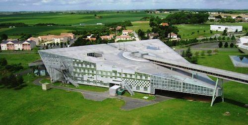 28. Innovative Pilot High School GÇô Poitiers, France